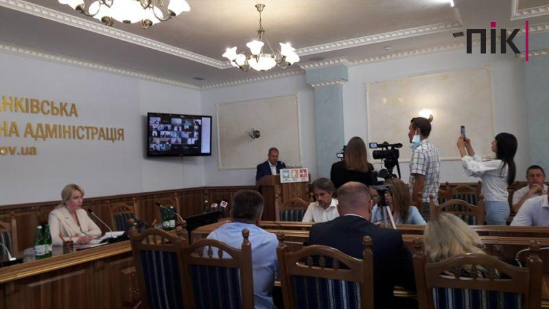 Голова Івано-Франківської ОДА попередила, що буде з очільниками громад за халатність в роботі