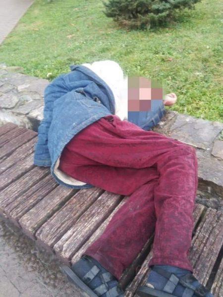 У Франківську, на площі Ринок, виявили чоловіка без свідомості (ФОТО)